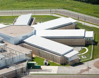 Vaisselle pour centre de détention